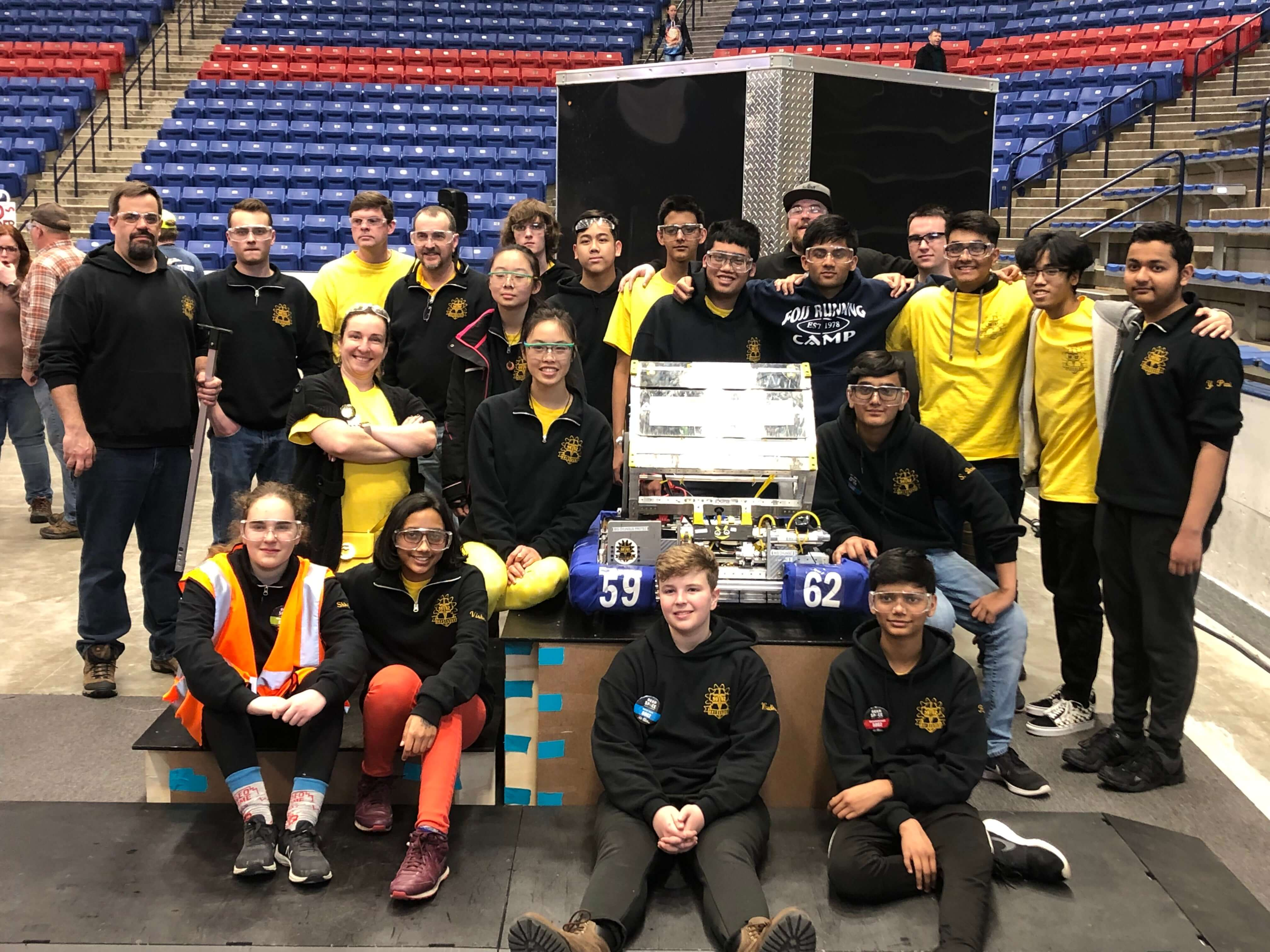 Group photo of Team 5962 at UNH District Event 2019